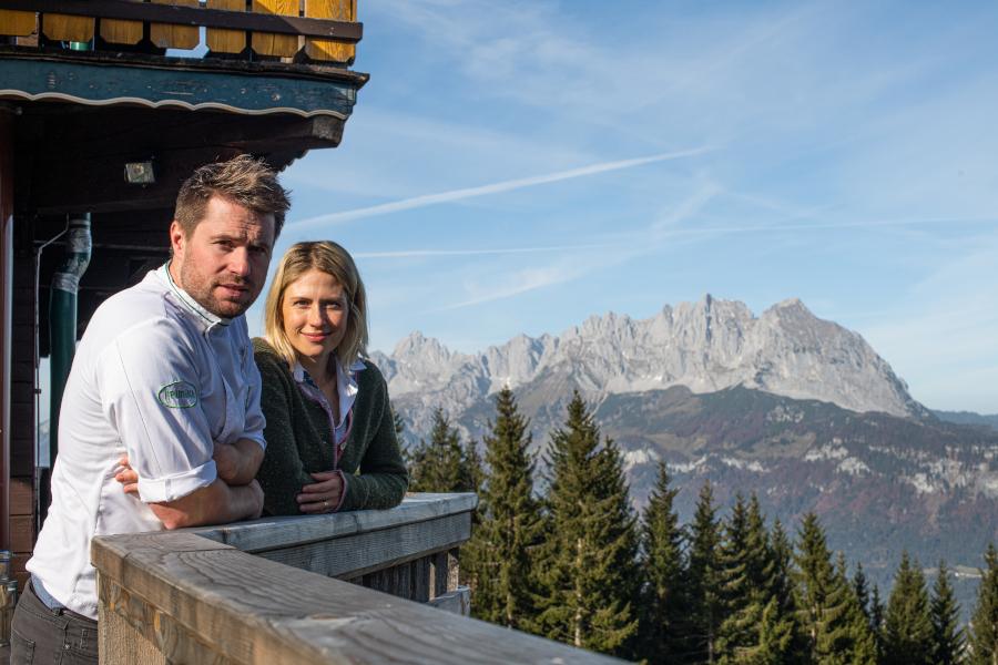 Die BetreiberInnen der Angerer Alm in Tirol.